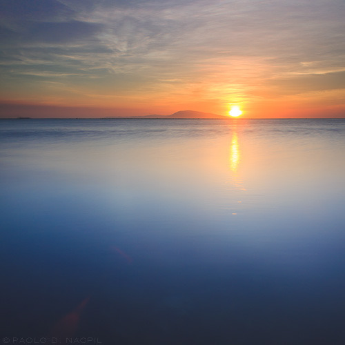 Descending into the Horizon Calatagan, Batangas, Philippines. Photographed by: Paolo Nacpil