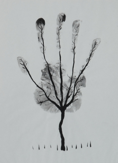 2headedsnake:  Alsa Fiart Man's Hand Tree