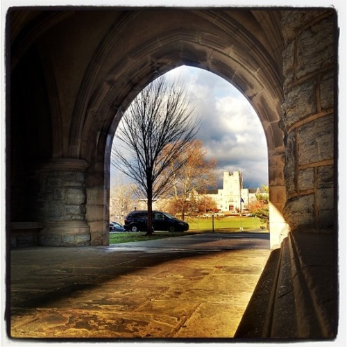 monogramsandmargaritasblog:  Morning Sunshine at Virginia Tech.  Great photo!