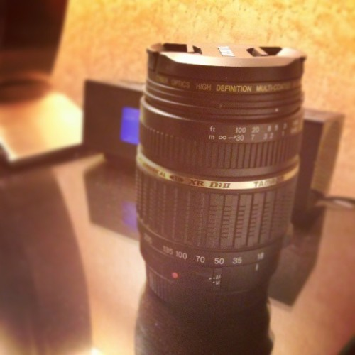 Bought a new Tamron 18-200mm lens to replace my busted one. I'm gonna miss that old lens… (at New York-New York Hotel & Casino)