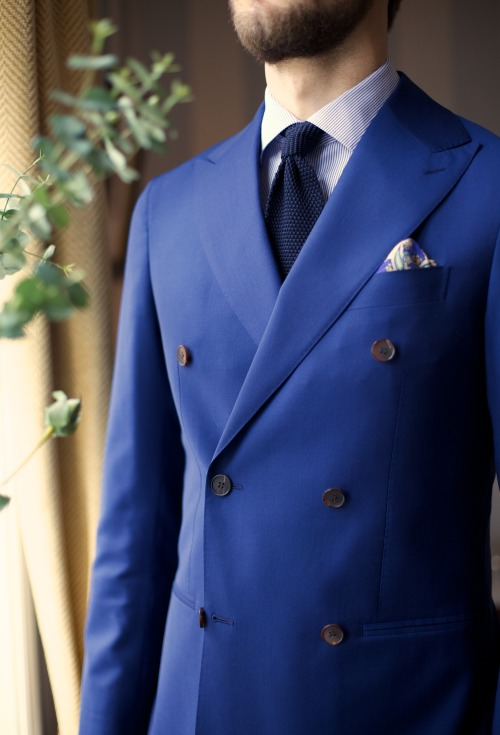 takeitofftherack:  The thin blue lineSuitsupply Soho jacket, Harrods knit tie, Berg & Berg ps and Eton shirt.