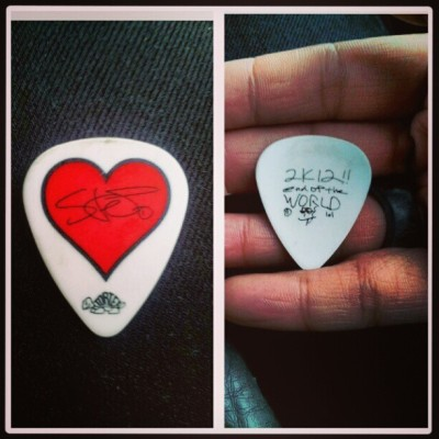 stephan carpenter's pick. second one I own now :) #Deftones #fans #fangirl #love #pick #guitar #best #band #ever #Toronto #Canada #kool #Hauls