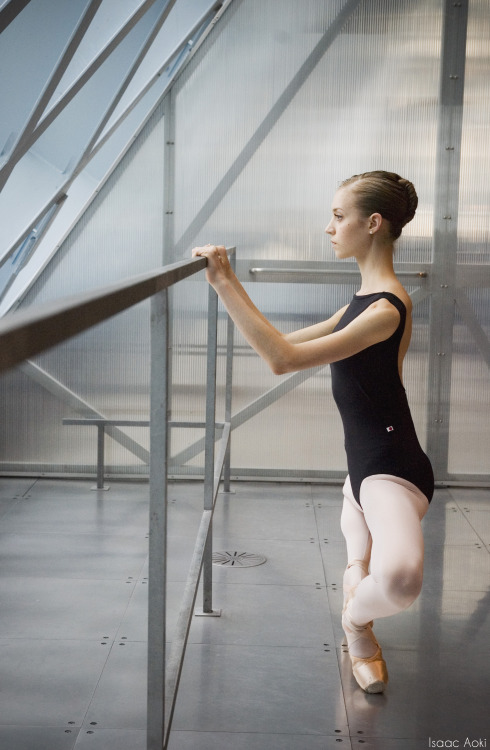 kingdomoftheballerino:  iaokiballet:  Leah Slavens   reblog this if you cry every time.