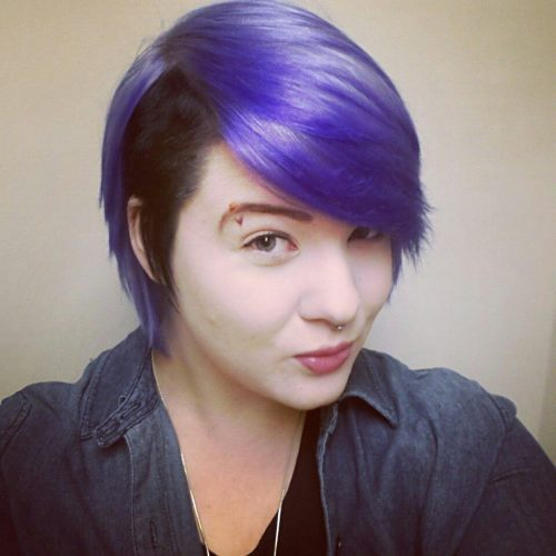 fuckyeah-dyedhair:  Purple and black hair using fudge purple haze diluted with conditioner and l'oreal black dye over white hair ^-^