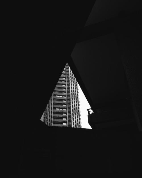 barbican housing estate london black and white photography pics picoftheday photooftheday photographer photographers on tumblr vsco vscogood vacocam