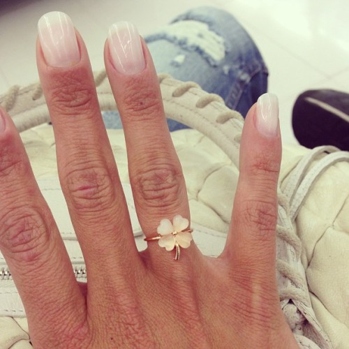 "Today I'm wearing…. Clover ring by It's Called Serendipity ""The Jewelry"". #ootd #ring #jewelry www.facebook.com/itscalledjewelry"