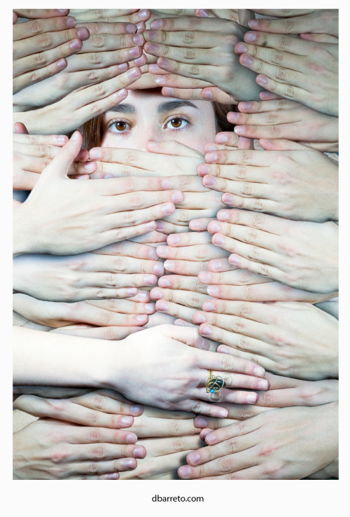 barretoart:  The hands.\Model: Denise Carabez. Her tumblr: http://denisecarabez.tumblr.com/