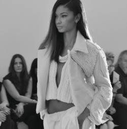 forthosewhocravefashion:  Chanel Iman