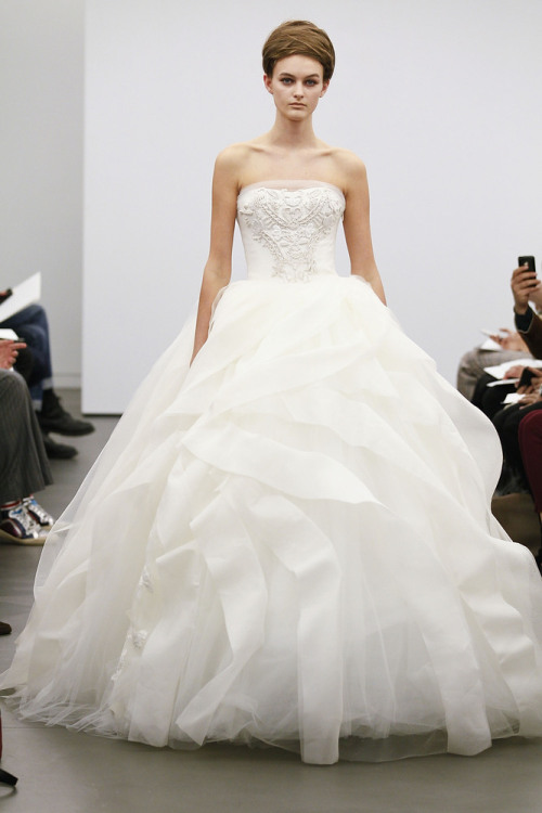 Vera Wang Classic White Collection Fall 2013