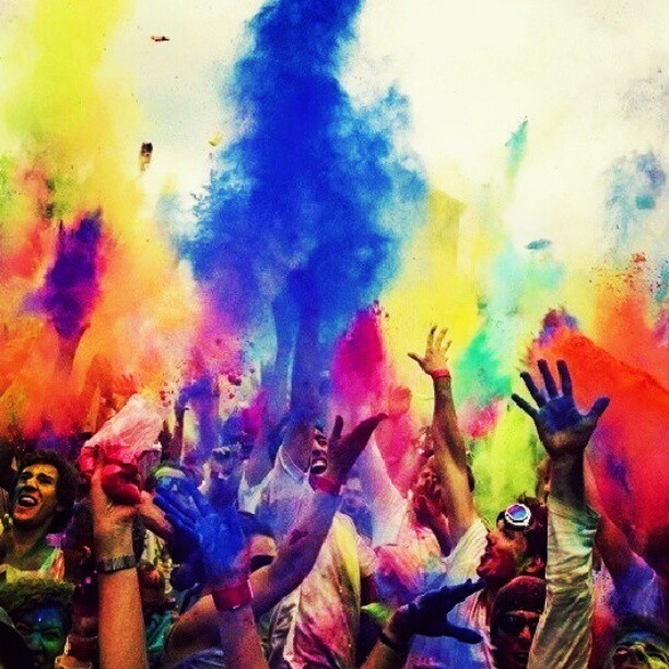 #colors #blue  #pink  #green #yellow  #orange  #purple  #festival #amazing #people #believe #happy  #instalove