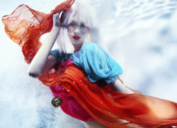 Photo of the Day: Underwater Fashion Shoot by Susanne Stemmer