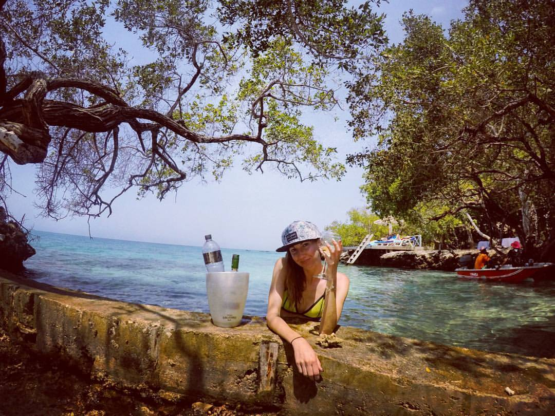 Casa de Escobar #mangroveparty #turnup (at Coralina Island)