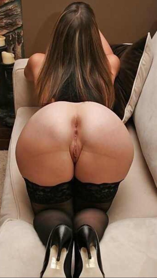 Тонкая талия толстая жопа порно 17 фотография