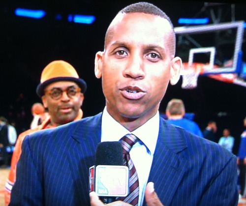 sportsnetny:  Spike Lee Photobombs Reggie Miller
