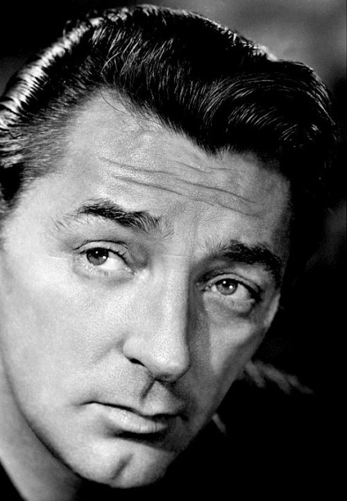 "Meeting Robert Mitchum for the first time while filming Home From the Hill [1960], George Peppard asked, ""Have you studied the Stanislavsky Method?"" ""No,"" replied Mitchum, ""but I've studied the Smirnoff Method."""