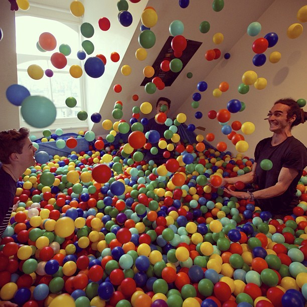 jacksgap:  So I might have turned my room into a giant Ball Pit… http://www.youtube.com/watch?v=oTNGbUEWX_4