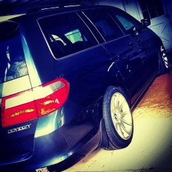 BMW #Style95 wheels on a #Honda #Odyssey, via PCD conversion spacers. 19x9 & 19x10 +24ET 5x120. Buy my refinished ones!