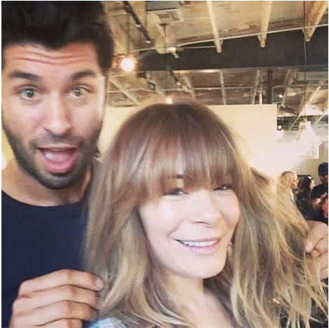 LeAnn Rimes goes for the bangs!… hairstyle, that is… What do you think about the look? Do you like it or no?