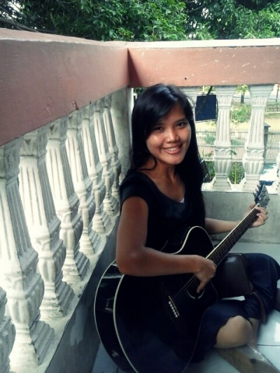 playing guitar ;) #me