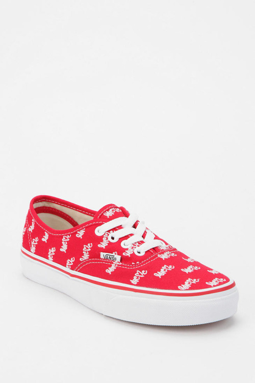 Curtis Kulig LoveMe Vans   My new Valentine's Day Vans (even though I don't even really celebrate V-Day. Haha.)  #vansamakeherdance