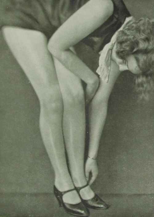 Eva von Boros, 1928 by Grete Kolliner