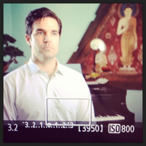 @robdelaney takes comedy videos VERY SERIOUSLY! #allbusiness #partyintheback