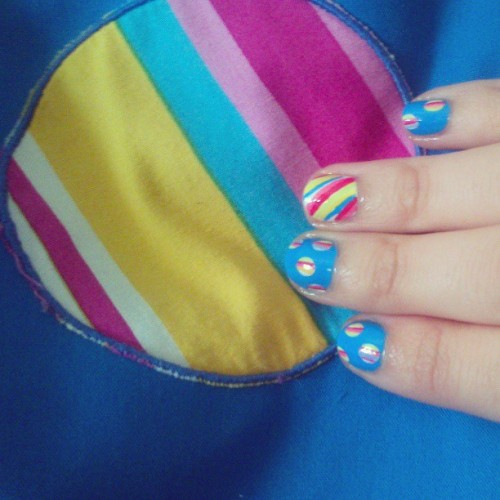 Tonight starts the fair of my town, so I did this nail art inspired in my 'flamenca' costume :). #notd #nails #nailart #nailartaddict #nailpolish #nailporn #blue #flamenca #fair #andalucía #spain #elpuerto #spring