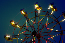 inscendo:  ferris wheel by suzy rowe