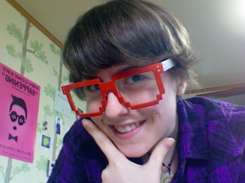 It's my birthday so I bought myself some awesome glasses at Damdamun market yesterday~