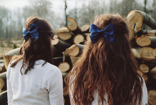 imperfectio:  bows by millie clinton. on Flickr.