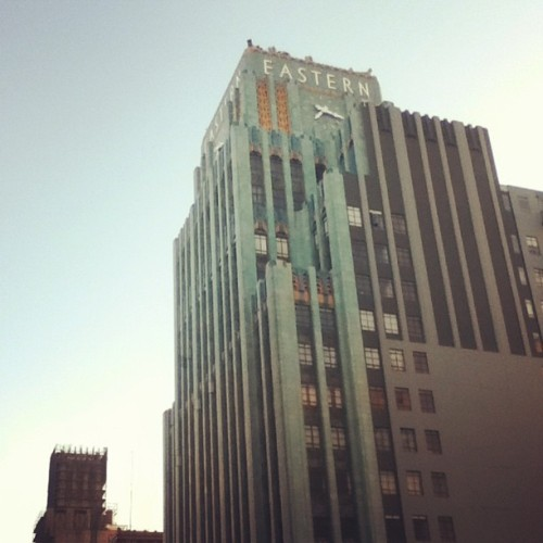 Afternoon walks around Downtown Los Angeles as I head home from work 😌