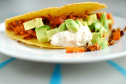 vegan-yums:  Taco by TahiniToo on Flickr.  TACOSSSSSSS!~!!!!!11!1!Eleventyone!