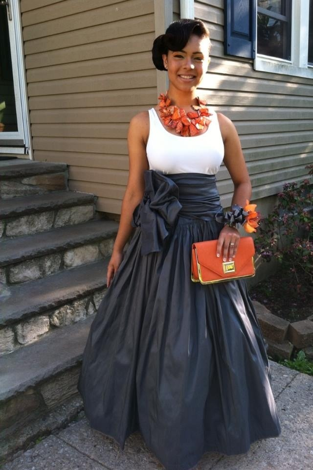 blackfashion:  This dress is by Sofistafunk.tumblr.com/ Jasmine, New Jersey Submitted by: n0sidam.tumblr.com Photographed by: Sofistafunk  This is not me! I only went to prom with her!