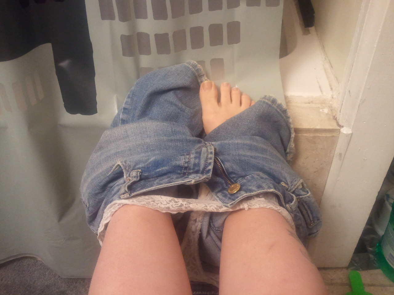 LOL on the potty; )