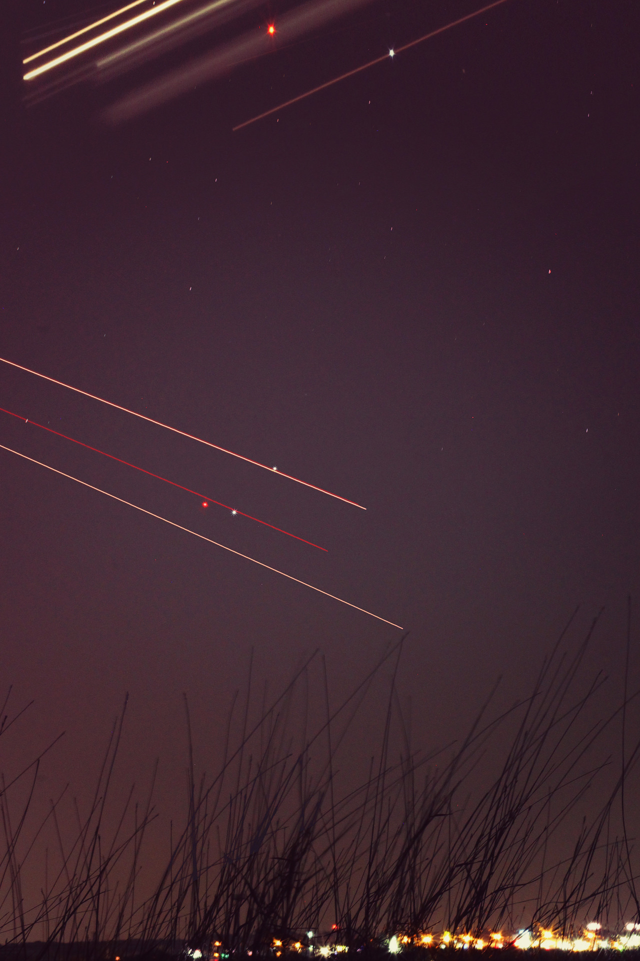 reneelouiseanderson:  Airplane Long Exposures