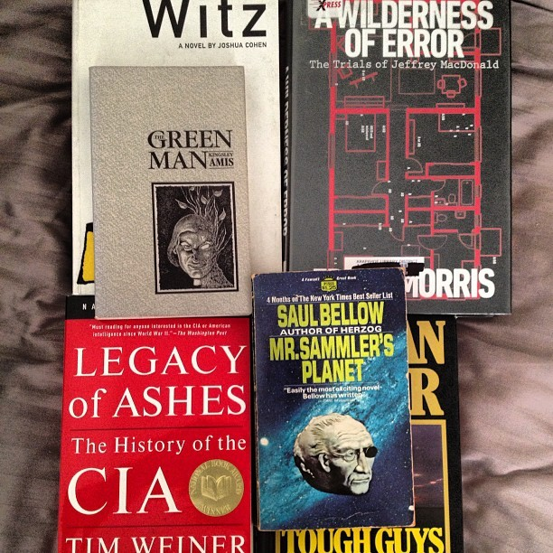 Here's what I'm reading. #chicago #dealwithit #witz #cohen #mailer #amis #literature #cia