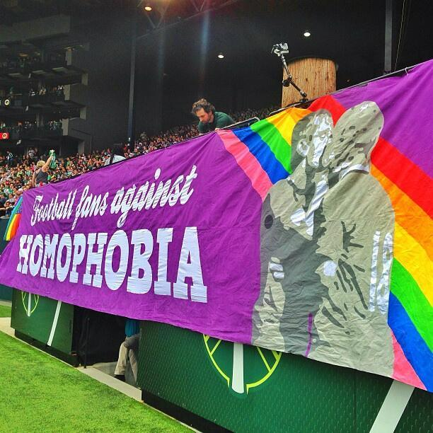 tacotwerker:  henriksaves:  shawnlevy:  Pride not prejudice #rctid  I'm too amused by the fact that they used the pic of Gaz kissing Scholesy after he scored against City. LOL. One of my favorite United moments.  How is thjIS NOT ON THE NEWS