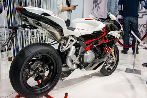sportbike:  By jpben on Flickr.