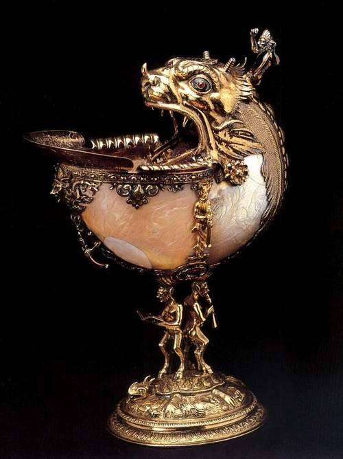 blackpaint20:  Nautilus cup, 1592, Silver gilt, nautilus shell, glass and enamel, height 27 cm, diameter 10 cm Gemeente Musea, Delft