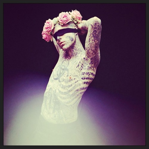 @dead4life #RickGenest #ZombieBoy #tattoos #flowers #photography #awesome