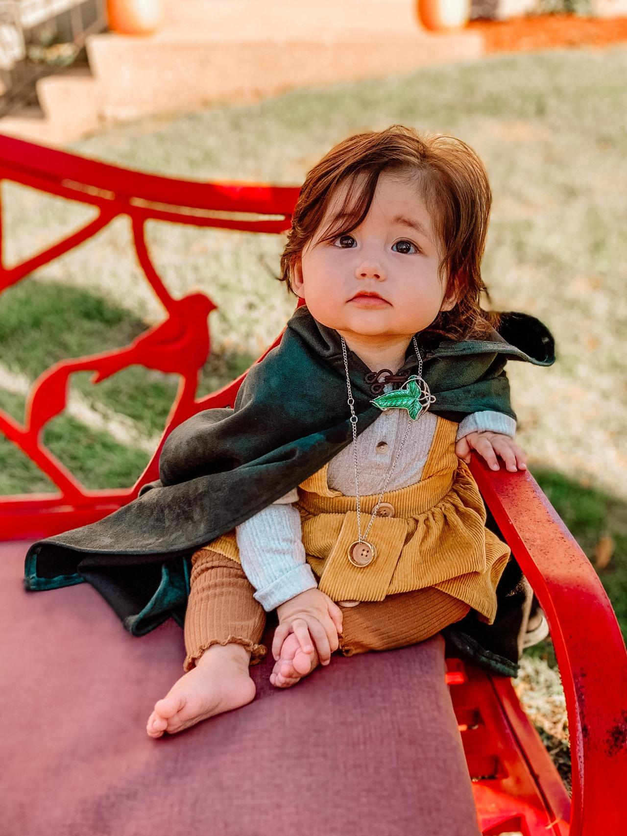 Baby hobbit! We made the cloak ourselves and it turned out better than expected Source: https://ift.tt/3jwgorN #lord of the rings online  #lord of the rings wiki  #lord of the rings cast  #lord of the rings shop #lo