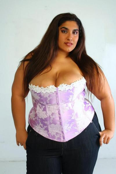 misfitxmisfitx:  xxlgirls:  I love big girls. They offer : - enormous pair that jiggles - juicy ass, ideal for a facesitting- dimensions proportional to the pleasure they bring in bed Big girls are just hot.    misfitxmisfitx APPROVED