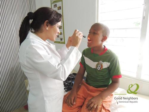 Our Dominican Republic office started medical exams for sponsored children this week! Doctors gave check-ups and made sure parents understood the importance of good hygiene for kids, such as brushing teeth and washing hands.  If you're interested in sponsoring a child and providing him/her with healthcare and more, go here.
