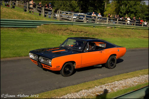 Running up the hill Starring: ' 67 Plymouth Barracuda (by Si 558)