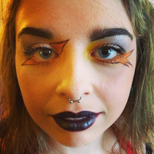 Oh, nothing. Just making faces with @spamgelina #makeup #eyeliner #blacklipstick