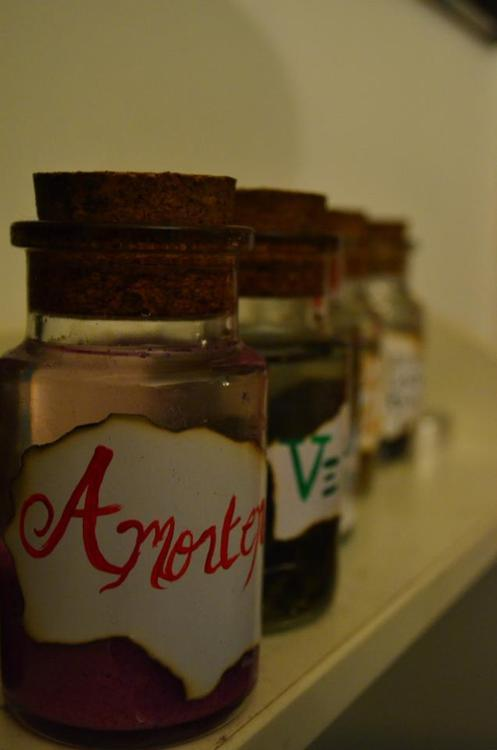 "weed-took-me-to-amsterdam:  i made harry potter potions out of my old spice containers a while back.. my friend accidentally dropped all the peruvian instant darkness powder (black glitter) all over herself and my floor  and of course my immediate response was ""Well dude you are so fucking lucky we are muggles, otherwise it would be black as SHIT right now!"