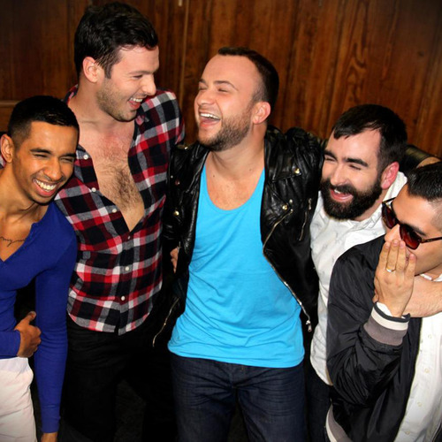Tonight see a brand new 1 girl 5 gays with Ish, Andrew, David, Yerxa and Matt at 10:30/9:30c!