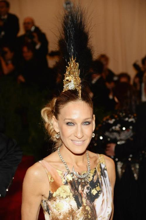 blackdiamondbay:  MET GALA 2013| Sarah Jessica Parker queen of the night.