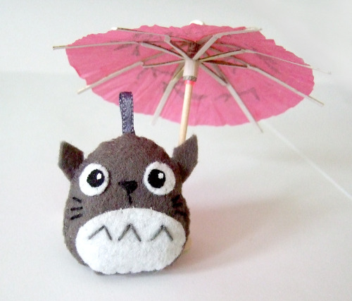 Hi, i'm totoro with my favorite paper umbrella (well, it's for spring) You can buy me as a totoro keychain here: https://www.etsy.com/listing/99387260/grey-totoro-plush-charm-with-keychain  Or see more adorable things i made at my Strawberry paisly shop