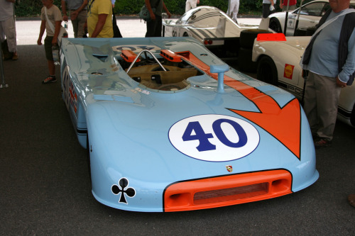 Light traveller Starring: Porsche 908 (by growler2ndrow)